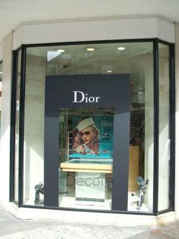 Dior vitrine 1